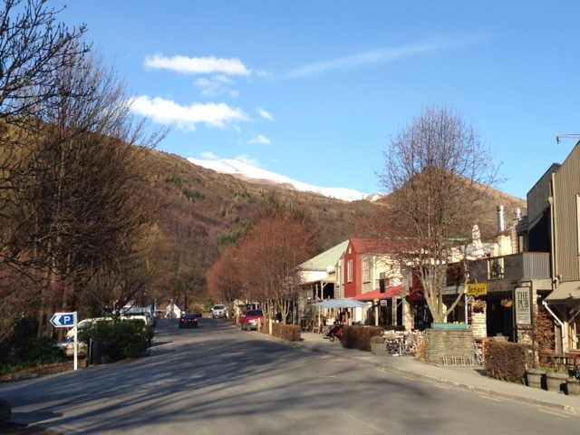 Arrowtown: a small but cute and cosy town 20 minutes from Queenstown