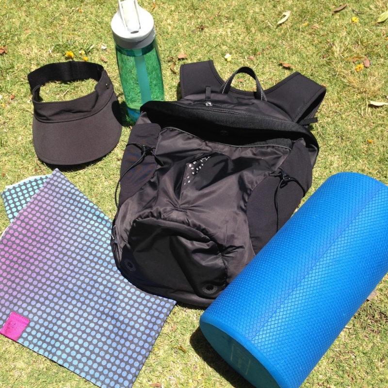 My favourite gym gear: a Camelbak waterbottle, Lululemon hat, backpack & towel and a foam roller.