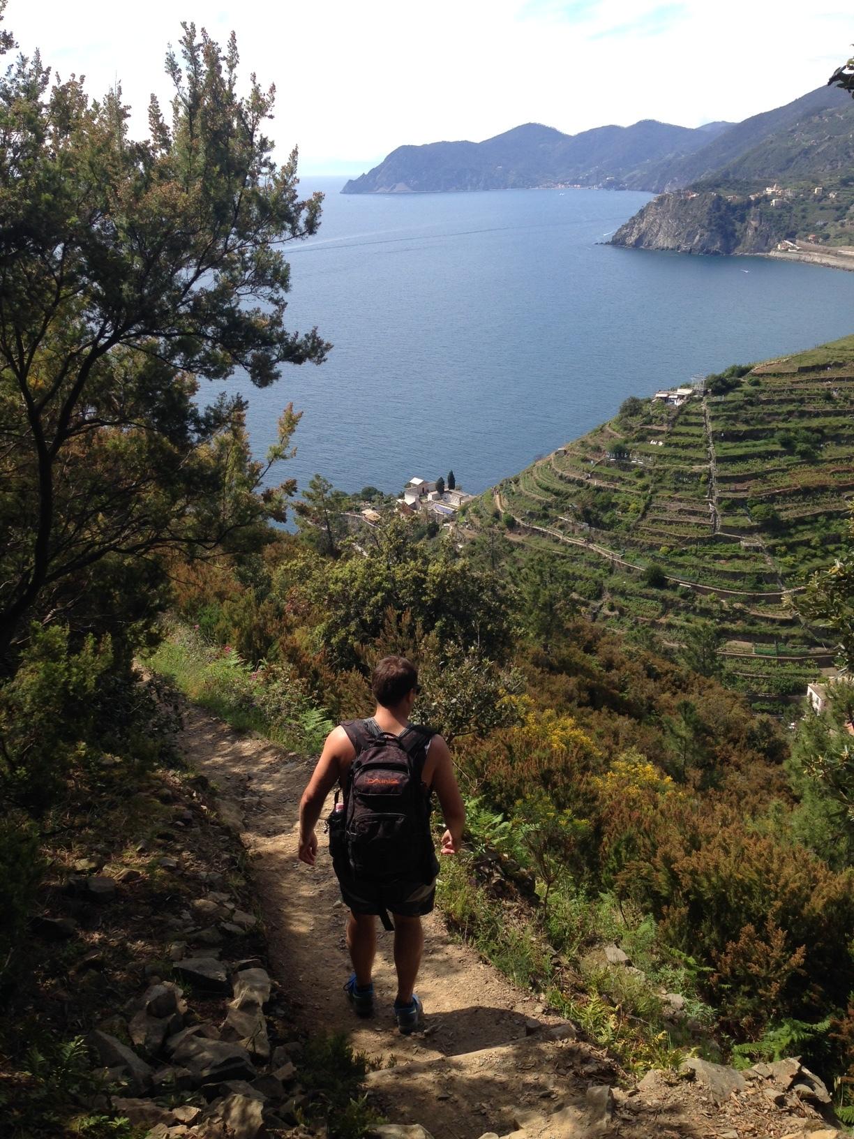 Corniglia: approaching on descent from Riomaggiore.