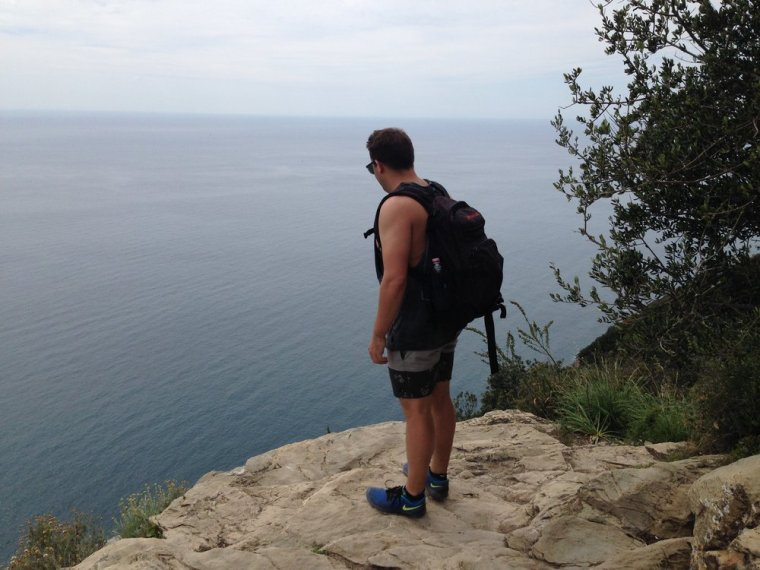 Approaching Portovenere: the path becomes part dirt, part rock along the mountain ridge.