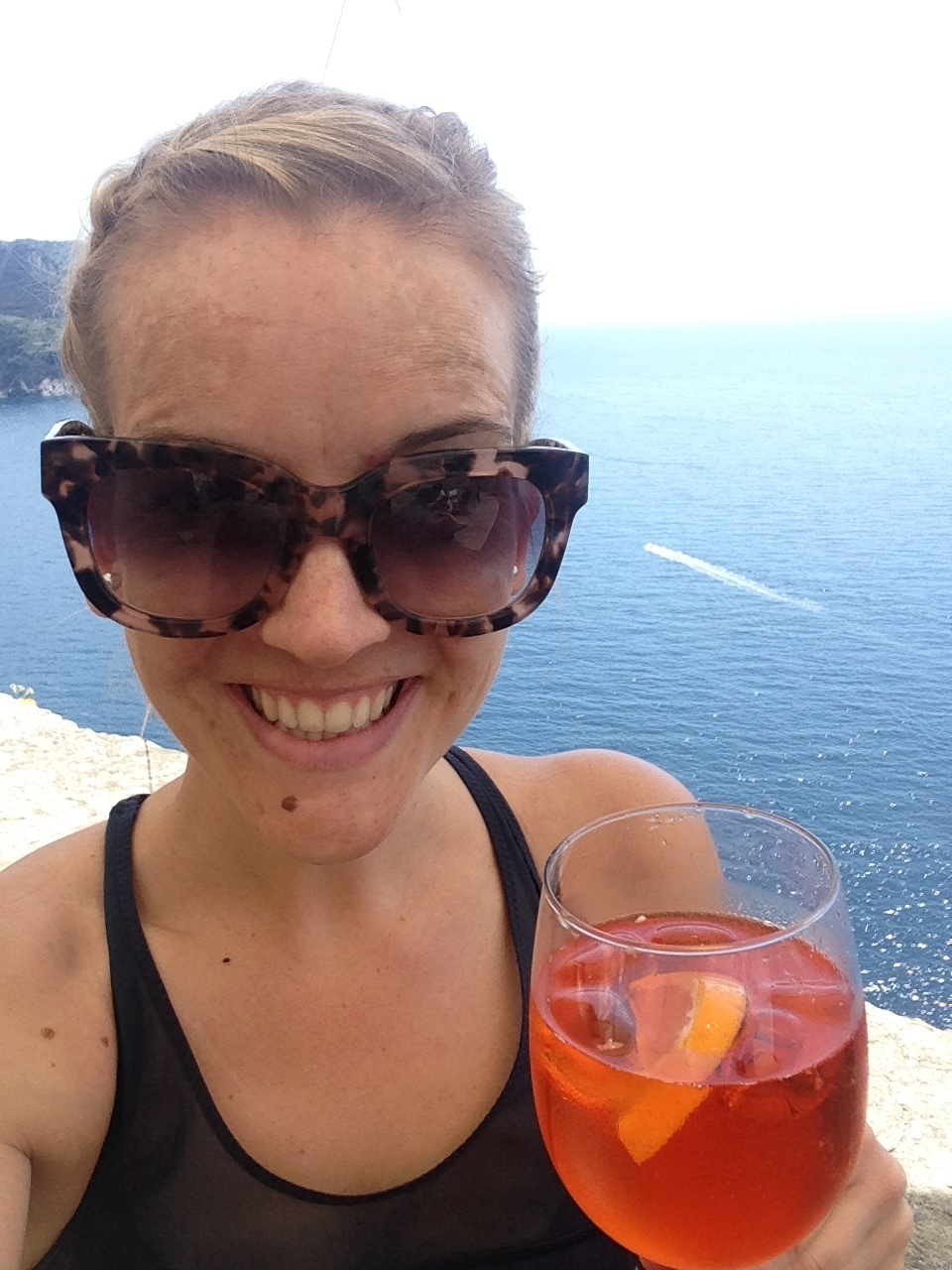 Corniglia: Post-hike Aperol spritz at Bar Terza Terra!