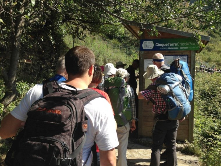 Monterosso: the checkpoint to get your trekking pass.