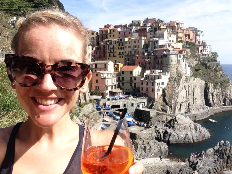 Nessun Dorma: the perfect place in Manarola for post-hike cocktails with a view!
