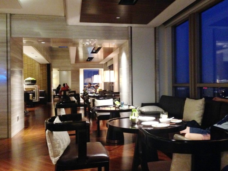 New World: the club lounge is excellent, offering breakfast, evening canapes and drinks.